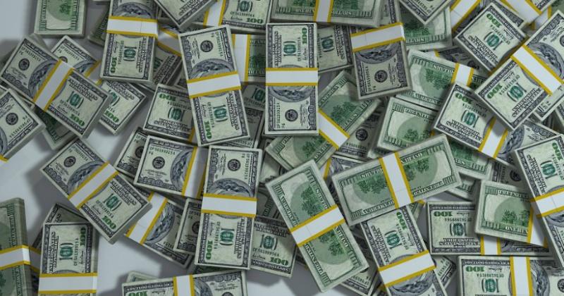 Россияне рассказали, на что бы потратили миллион долларов