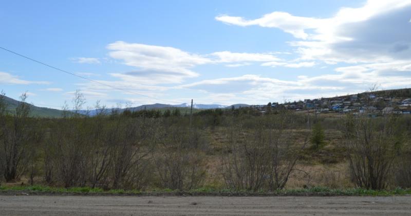 Около 10 гектаров земли  в Ольском районе загрязнены отходами производства и потребления