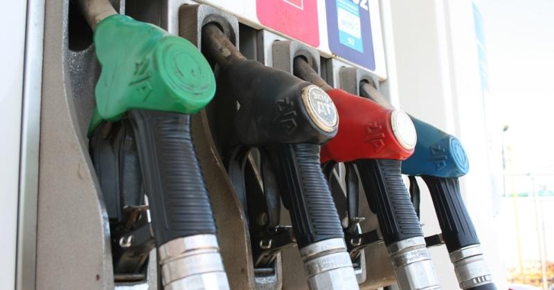 Цены на бензин в России могут вырасти до 120 рублей за литр