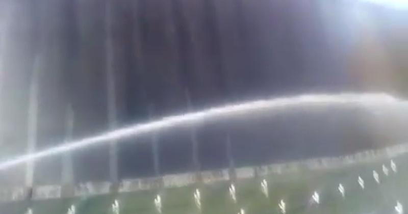 В пос.Палатка провели пробный запуск искусственного водопада (видео)