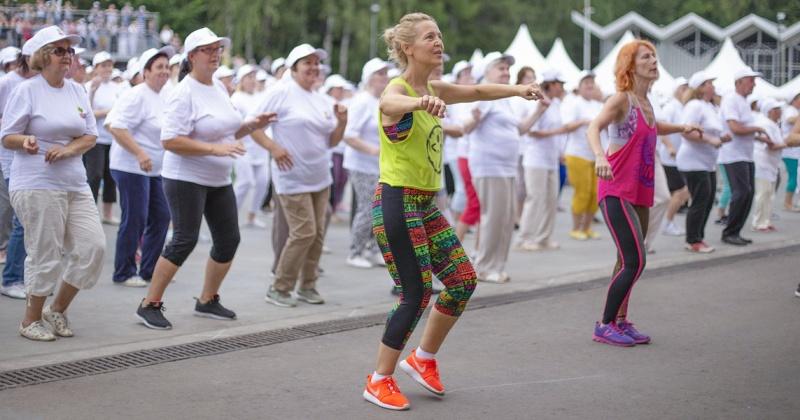 Активные магаданцы старшего поколения исполнят фитнес-танец Zumba Gold