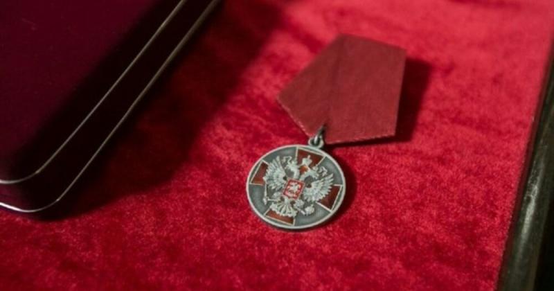 Колымский драгер ООО «Дражник» Александр Франчук награжден медалью ордена «За заслуги перед Отечеством» II степен