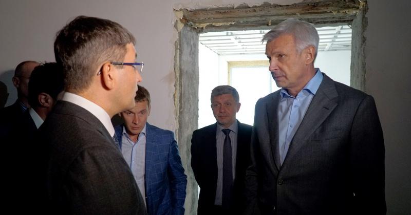 Около 500 млн рублей будет вложено в оборудование основного корпуса Магаданского онкодиспансера