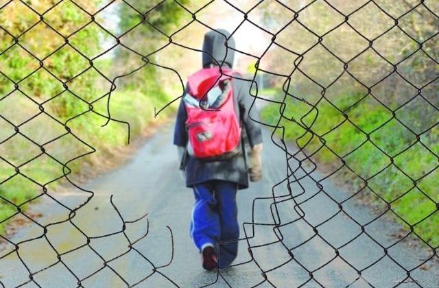 Магаданские подростки имеют полный доступ к заброшенным и неиспользуемым сооружениям