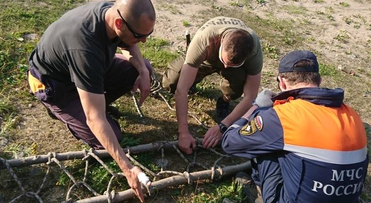 Магаданские спасатели провели сбор по водной подготовке в случае чрезвычайных ситуаций