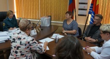 Представители избирательных комиссий Магадана прошли занятие по пожарной безопасности к предстоящим выборам