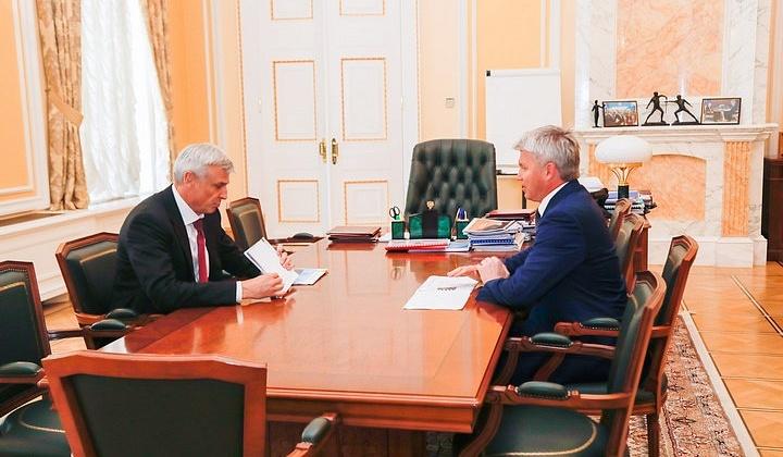 Губернатор Колымы Сергей Носов провел рабочую встречу с министром спорта Павлом Колобковым